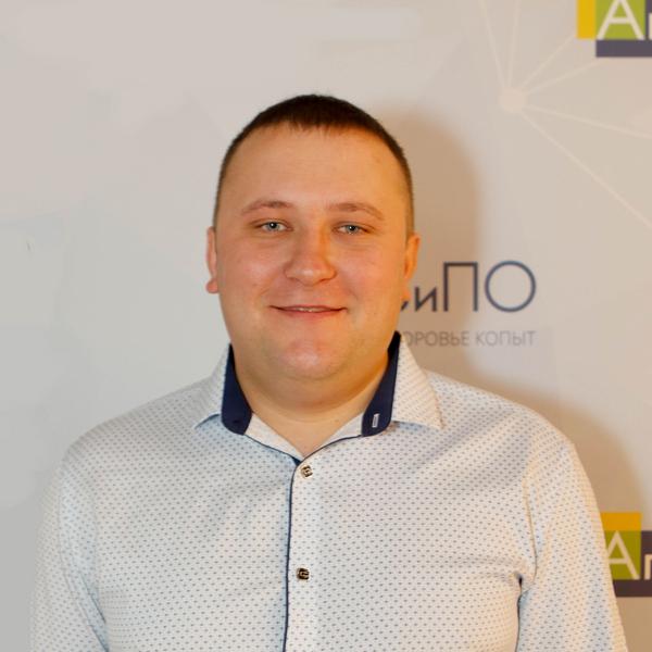 Евгений Челапко