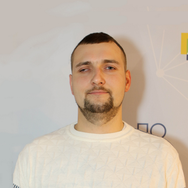 Илья Шалахов