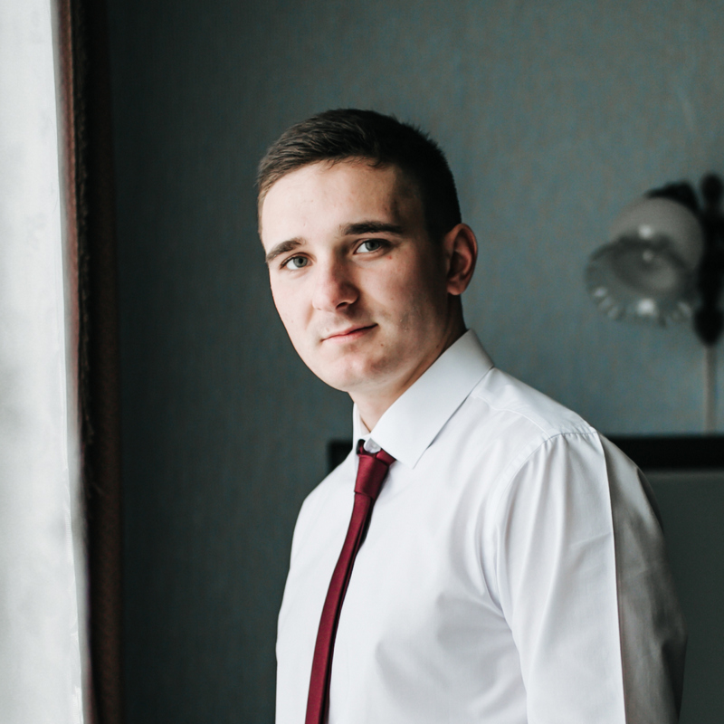 Антон Ковалюк
